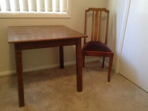 Vintage table and chair Penrith Penrith Area Preview