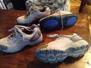 2 paires de chaussure  neuve  porter 2 fois 5.5