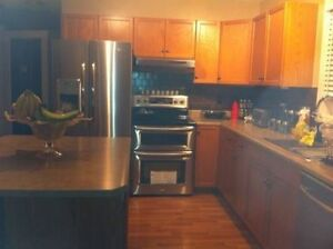 ALL INCLUSIVE FULLY FURNISHED 17 ST. WHITEMUD MEADOWS SEP 1st