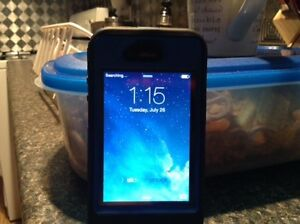 iPhone 4 mint condition 8 gig