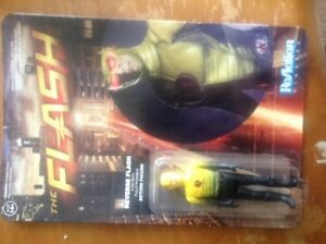 Action figure mint condition! From the tv show The Flash! Kitchener / Waterloo Kitchener Area image 1