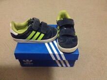 Adidas shoes infant size 6 Camira Ipswich City Preview