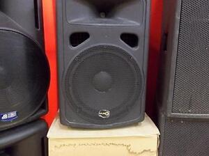 Nous avons les hauts-parleur  amplifier 12 po Music8 CV5271 Chez Comptant illimite.com 819.822.7777