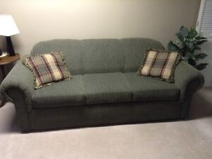 Couch And Loveseat Cornwall Ontario image 1