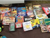Selection of games & jigsaws