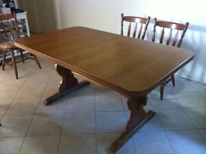 Extendable Dining Table & Chairs Claremont Meadows Penrith Area Preview