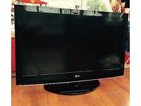 """39"""" LG LCD TV BUILTIN FREEVIEW HD GOOD CONDITION GREAT WORKING ORDER WITH REMOTE CAN DELIVER"""
