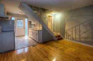 Beautiful 2 bedroom apartment available in E. Galt Home