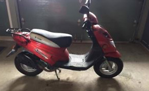 Scooter E-Ton Beamer