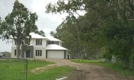 Executive New Home Brisbane Northside Acreage