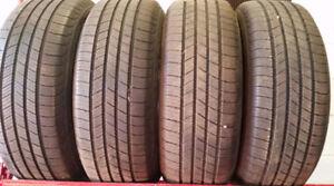 4 pneus été 215 65 16 8/32 comme neuf de marque michelin defende