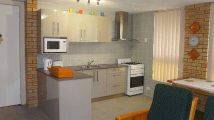 Unit F/F with A/C private & secure ready now Fremantle Fremantle Area Preview