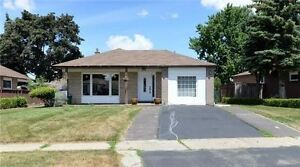 Beautiful Bungalow, Renovated House With Upgrades