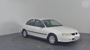 2001 Holden Commodore VX Executive Heron White 4 Speed Automatic Sedan Perth Airport Belmont Area Preview