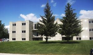 Great 2 Bedroom South Side - 19-1619 Scenic Heights South