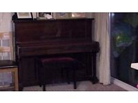 FREE UPRIGHT PIANO RECENTLY TUNED