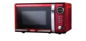 "Nostalgia Retro 18""  0.7 cu ft microwave"
