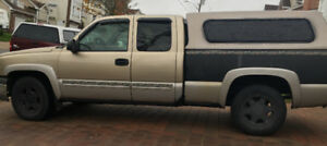 2004 chevy silverado CLEAN  no Leaks