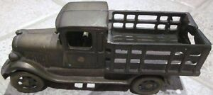 "Antique Cast Iron Toy Truck – Stamped ""Made in Canada"" Cambridge Kitchener Area image 2"