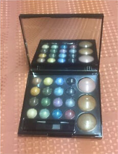 Quo Shimmer and shine eyeshadows make-up NIB