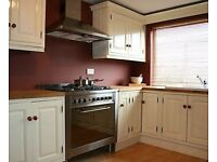 Best STUDENT House available. Only 69pw. Fully furnished. Near University. Clean & Tidy