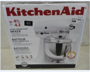 Kitchen Aid Ultra Power Mixer in Black only