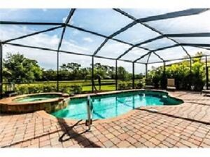 ATTENTION SNOWBIRDS - Luxury Florida Vacation Home with Pool