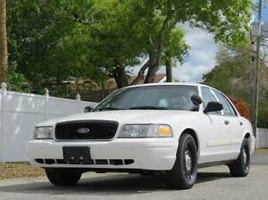 *WANTED* 2000 Ford Crown Victoria *WANTED*