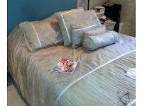 King size Beau Duvet bed set with matching cushions