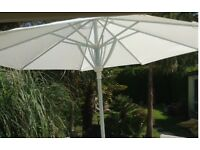 WHITE pop up PARASOL UMBRELLA with STAND & BISTRO GARDEN TABLE £55
