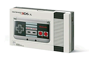 Nintendo 3DS XL - NES Limited Edition