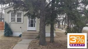 Brandon/Cozy Home, in a Great Neighbourhood ~ by 3% Realty