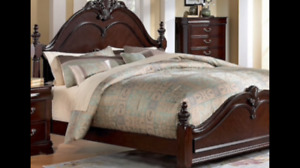 Beautiful Oak Bedroom Set with Mattress