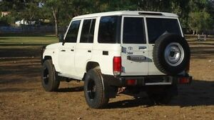 2012 Toyota Landcruiser VDJ76R MY10 Workmate White 5 Speed Manual Wagon Winnellie Darwin City Preview