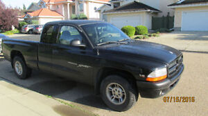 2000 Dodge Dakota Sport 4.7 Litre V8 PRICED TO SELL!