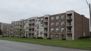 I HAVE BUYERS FOR YOUR CONDO-WE ASSUME TENANTS OR VACANT Windsor Region Ontario image 3