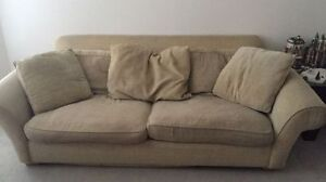 Oversized couch - FREE