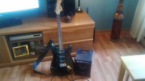 Combo Guitare Électrique Fender Strat avec Ampli Roland CM-30
