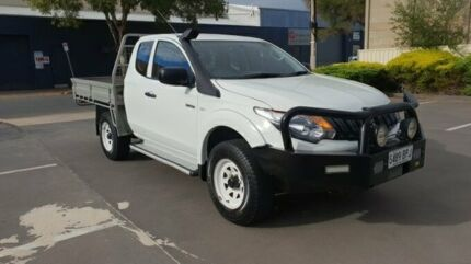 2016 Mitsubishi Triton MQ MY17 GLX (4x4) White 6 Speed Manual Club Cab Chassis Melrose Park Mitcham Area Preview