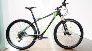 "NEW JAMIS 2016 DAKOTA PRO MOUNTAIN BICYCLE 17"" and 19"" left."