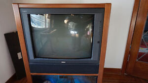 1990's TV CONSOLE~ Heavy piece~ Solid Wood on heels ~ RCA