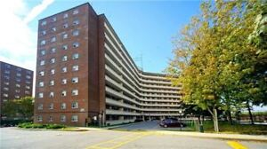 Spacious 2 bedroom condo in Mississauga