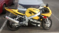 2001 suzuki gsxr 600 Fuel Injected
