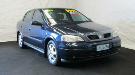 2001 Holden Astra TS CD Polar Sea Blue Pearl 5 Speed Manual Sedan