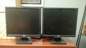 "17"" Acer LED Monitors"
