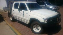 2004 Toyota Hilux KZN165R MY04 White 5 Speed Manual Utility South Toowoomba Toowoomba City Preview