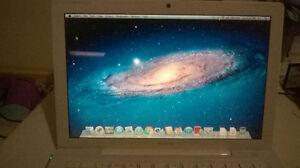 """Macbook 13"""" 2008 MacOS+Windows 7 Dual OS 320GB HDD 4GB RAM******"""
