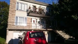 Large 2 bedrooms really well located in Lasalle!!