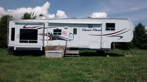 For Sale 37.5 ' 5th Wheel