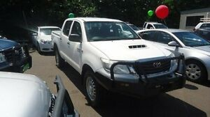 2014 Toyota Hilux KUN26R MY14 SR Double Cab White 5 Speed Automatic Utility Winnellie Darwin City Preview